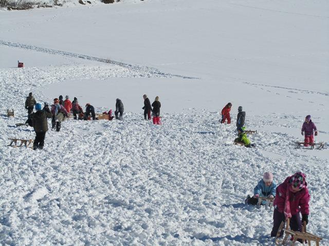 Zimski športni dan učencev od 1. do 5. razreda OŠ Mokronog