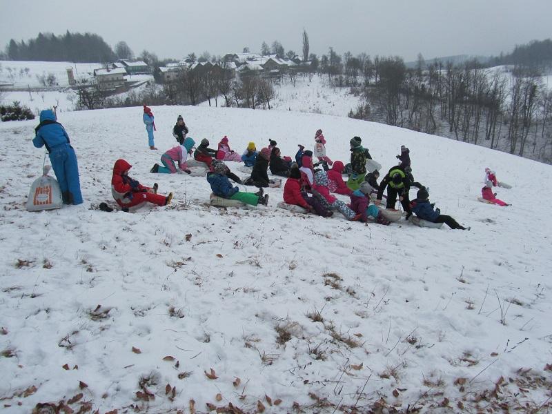 igre-na-snegu-1